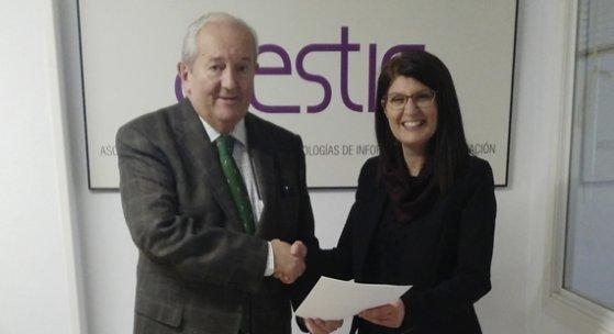 """AGESTIC firma un convenio con """"Orden es cambio"""""""